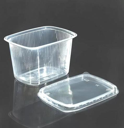 Контейнер 108х82 с крышкой 350 мл. Размеры: 108х82х50 мм высота внутренняя - 41. Объем: 350 мл. Материал: PP (ПП). В упаковке 1000 шт. Применение - контейнер для сметаны, для орехов, для сухофруктов, для творога, для салатов, для готовых блюд и полуфабрикатов. Преимуществом такой упаковки является возможность разогрева в СВЧ. Упаковка для творога, для сметаны, для домашнего майонеза. Не смотря на мягкость материалов, контейнер обладает высокой прочностью, а плотно закрывающаяся крышка предотвратит вытикание и потерю продуктов при транспортировке. Ищите где купить прямоугольный контейнер 108х82 мм. 200 мл. для творога, сметаны, салата? В нашем интернет магазине вы всегда найдете нужный вам товар по привлекательной цене.